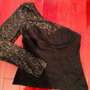 Bebe lace black top